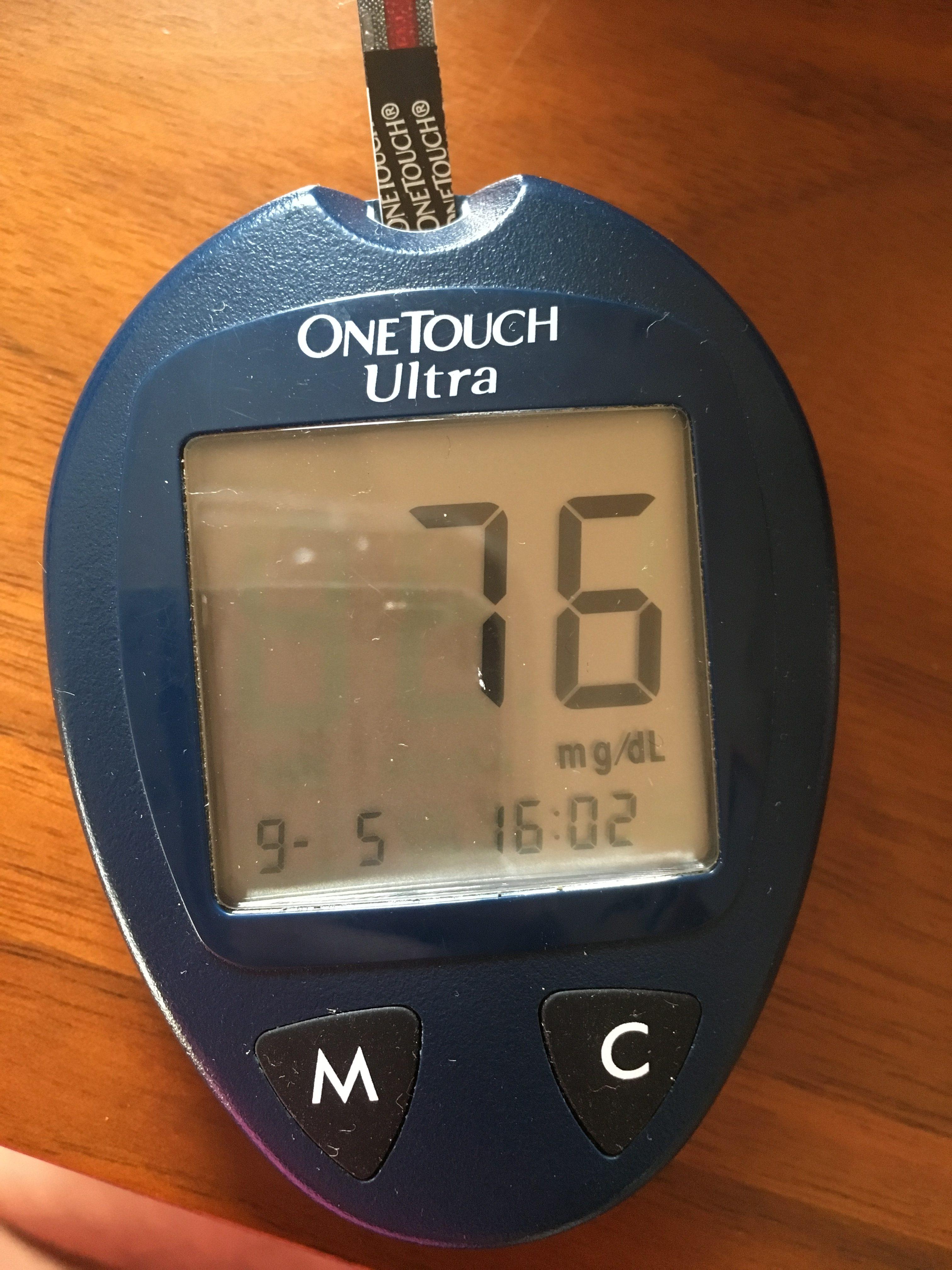 【試してみた】ファスティング中の空腹時に酵素ドリンクを飲むと血糖値はどれぐらい上がるのか
