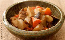 [ほっとする和ごはんレシピ]一日に必要な食物繊維の半分がとれる「基本の筑前煮」